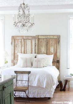 2 portes anciennes pour une tête de lit