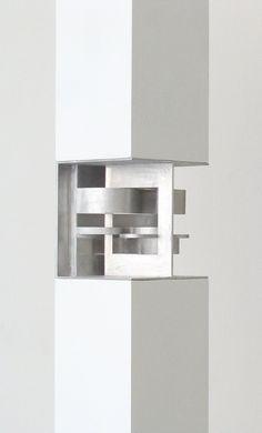 Sculpture Layers VIII by Elisabeth Lux www.oehringlux.de