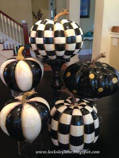 Making MacKenzie-Childs Pumpkins Mackenzie Childs inspired painted pumpkins--how awesome did they turn out? This is such a thirty way to make amazing fall decor that will last for years to come. Foam Pumpkins, Glitter Pumpkins, Painted Pumpkins, Halloween Pumpkins, Halloween Crafts, Halloween Decorations, Fall Decorations, Christmas Pumpkins, Rustic Halloween
