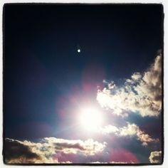 """""""すべての存在はもともとひとまとまりの類魂であり、ともに神を目指して向上している仲間である。(…)私たち一人ひとりが救世主であることをしかと自覚することが、今まさに急務なのです。"""" スピリチュアルな人生に目覚めるために(…) http://www.h2.dion.ne.jp/~apo.2012/bookstand-ehara.html"""