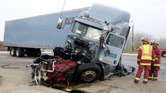 Deadly Semi Truck Crashes | semi truck accidents due to distracted or careless driving can be ...