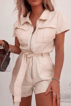 Ecru denim short sleeved oversized playsuit for women. This jumpsuit is awesome summer fashion idea for women for casual and formal wear, work attire and summer vacations. Girly Outfits, Cute Casual Outfits, Classy Summer Outfits, Look Fashion, Womens Fashion, Classy Fashion, Indie Fashion, Hipster Fashion, Grunge Fashion