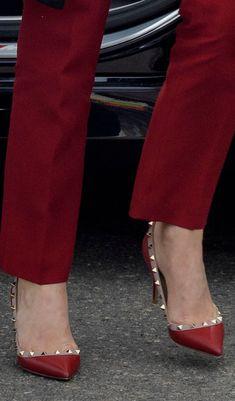 070e71e3a40 De 14 bedste billeder fra røde sko | Boots, High Heel Boots og High ...