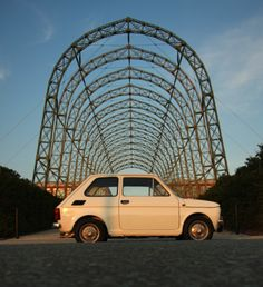 Yes another fiat 126 but i LOVE this pic.