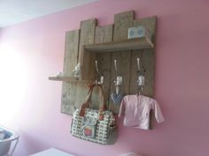 1000 images about ideeen babykamer on pinterest paint crib green decoration and baby rooms - Muurschildering taupe ...