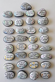 Many people believe that there is a magical formula for home decoration. You do things… Rock Painting Patterns, Rock Painting Ideas Easy, Rock Painting Designs, Pebble Painting, Pebble Art, Stone Painting, Pour Painting, Painted Rocks Craft, Hand Painted Rocks