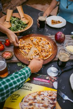 Our BBQ Recipe Chicken has pieces of season white-meat chicken, zesty red onion and smoked Gouda on delicious crispy thin crust.