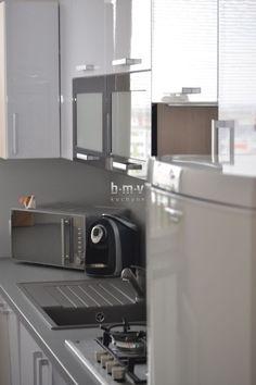 Biela kuchyňa do bytu - BMV Kuchyne