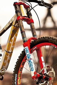 mbk271.super.bike34_600.jpg