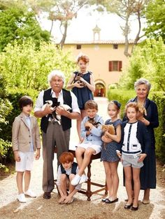 Benetton family fashion campaign picture summer 2013 plus a few cats!