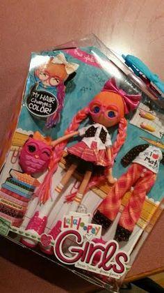 Mama Smith's Review Blog: Lalaloopsy GIRLS Doll