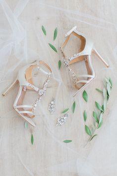 Jeweled bridal shoes: http://www.stylemepretty.com/2015/12/30/classic-summer-rancho-valencia-wedding/ | Photography: Carmen Santorelli - http://carmensantorellistudio.com/