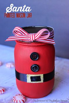 Check out these 130 easy DIY Mason Jar Crafts for Spring and Summer, and they will all make you think uniquely toward the old Mason jars! After a short tour of these DIY Mason jar crafts, you are just not going to end up the mason jars in dumpsters! Mason Jar Christmas Crafts, Jar Crafts, Holiday Crafts, Christmas Diy, Christmas Crafts To Sell Bazaars, Christmas Decorations, Rustic Christmas, Simple Christmas, Handmade Christmas
