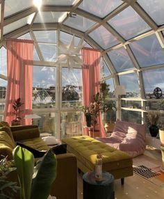 Dream Home Design, My Dream Home, Pretty Room, Dream Apartment, Aesthetic Room Decor, House Goals, Life Goals, Dream Rooms, Cool Rooms