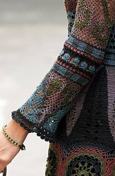 Irish lace, crochet, crochet patterns, clothing and decorations for the house, crocheted. Crochet Shrug Pattern, Form Crochet, Crochet Woman, Crochet Cardigan, Crochet Lace, Crochet Patterns, Irish Crochet, Crochet Russe, Crochet Fashion