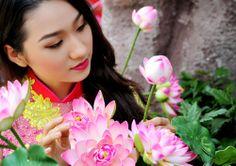 Silk Tunic, Ao Dai, Hue, Beautiful Women, Girls, Beauty, Color, Fashion, Toddler Girls