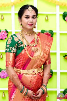 New Saree Blouse Designs, Best Blouse Designs, Bridal Blouse Designs, Indian Bridal Wear, Indian Wedding Outfits, Gold Bridal Earrings, Gold Necklace, Vaddanam Designs, Gold Jewelry