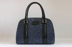 Women bag of CAMELIA-M from a genuine leather. Fashion bag. Leather handbags