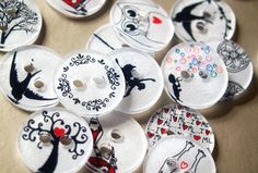 How to Make Clothing Buttons from Shrink Plastic…