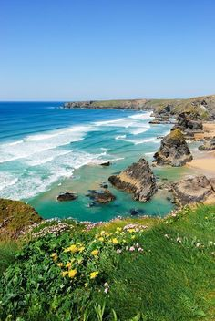 Bedruthan Steps, Cornwall, England, UK - by Ian Percival Places Around The World, Oh The Places You'll Go, Places To Travel, Places To Visit, Cornwall England, England Uk, Oxford England, Yorkshire England, Yorkshire Dales