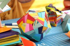Love! Source: http://blog.paperama.de/2010/08/an-afternoon-of-modulor-origami/