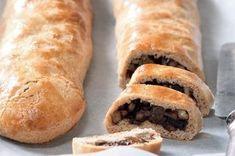 40x vánoční cukroví | Apetitonline.cz Hot Dog Buns, Hot Dogs, Czech Recipes, Christmas Baking, Menu, Bread, Cooking, Cakes, Food