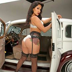 Lowriders and sexy babes porn videos