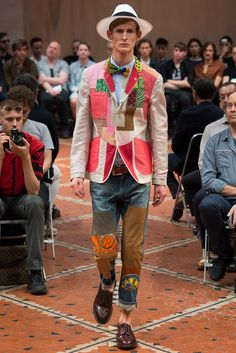See all the Collection photos from Junya Watanabe Man Spring/Summer 2016 Menswear now on British Vogue Vogue Fashion, Fashion Show, Mens Fashion, Fashion Design, Diy Fashion, Runway Fashion, Fashion Brands, Vogue Paris, Mode Wax