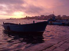 L'alba a Taranto- La città si sveglia