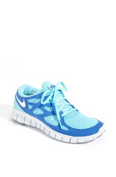 Nike free run shoes. mama wants some new shoes!