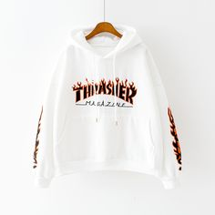 Neuer Harajuku Ästhetik Thrasher Hoodie Fleece-Pullover Source by lcvelycupidxx clothing aesthetic Teen Fashion Outfits, Swag Outfits, Sweater Outfits, Trendy Outfits, Tomboy Outfits, Punk Fashion, Lolita Fashion, Sweater Fashion, Fleece Pullover