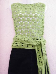 polera verde tejida por Marcia Vasquez