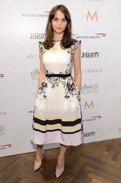 Pin for Later: Felicity Jones hat ein ganz einfaches Erfolgrezept Beim Filmfest in Toronto im September 2013 In Erdem.