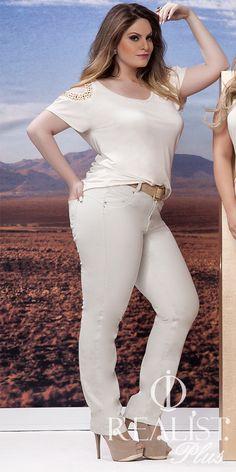Realist Plus Size. Look da coleção Verão. #Fashion #Women