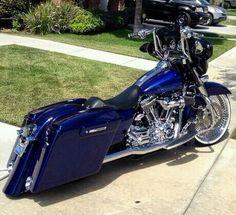 . Harley Bagger, Bagger Motorcycle, Harley Bikes, Motorcycle Style, Custom Baggers, Custom Harleys, Custom Motorcycles, Custom Bikes, Custom Street Glide
