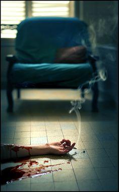 Não era meu destino morrer fumando, nem sangrando. E eu demorara para perceber isto.