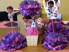 Centros de mesa en morado y fucsia para celebración de Doctora Juguetes Doc Mcstuffins Birthday Party, 1st Birthday Girls, Unicorn Birthday Parties, Birthday Ideas, Party Time, First Birthdays, Party Ideas, Cakes, Birthday Table