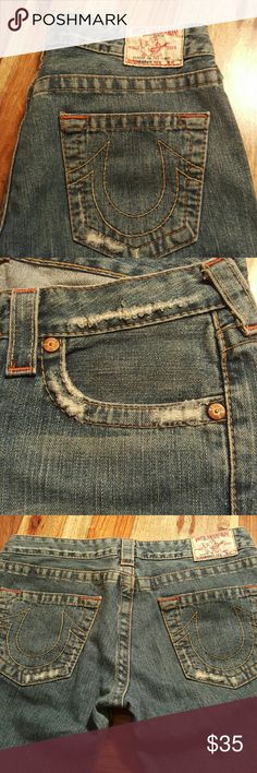 "True Religion ""Bobby"" Distressed Womens Jeans Great condition.   Laying flat, waist measures 15.5"" Inseam 31"" Leg opening 9"" True Religion Jeans Boot Cut"