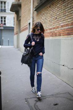 ripped jean frame denim - the brunette blog mode paris - sneakers - leather bag IKKS
