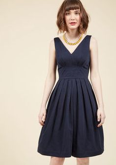 Culminate in Charm Midi Dress in Navy
