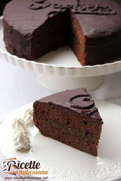 Chocolate Fudge, Chocolate Recipes, Sweet Cakes, Sweet Memories, Something Sweet, Healthy Desserts, Italian Recipes, Cake Recipes, Sweet Tooth