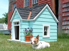 Cute Cottage Style Dog House