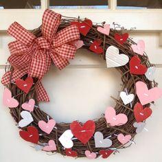 valentine wreath pinterest | Valentine's wreath | Valentine's Day Valentine Day Crafts, Happy Valentines Day, Holiday Crafts, Pinterest Valentines, Valentine Day Wreaths, Valentines Day Decorations, Valentines Day Decor Outdoor, Holiday Wreaths, Valentine's Day Diy