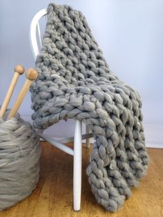 Blanket KNITTING KIT. Giant 40mm Knitting needles. Super Chunky DIY Giant Throw knit kit, Learn to knit, extreme knitting pattern, crochet