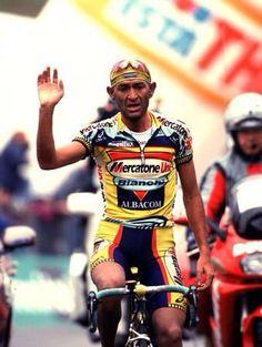 Giro d'Italia 1999. 8^Tappa, 22 maggio. Pescara > Gran Sasso d'Italia. Marco Pantani (1970-2004)