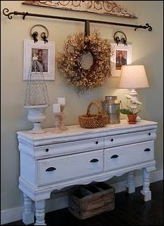 I have the PERFECT wreath & spot for this idea!!