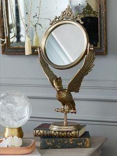 The look pays attention to details! #homeaccessories #interiordesign #designideas #modernaccessories #decor #homedecor #interiordesigninspiration #accessoriesideas Vanity Mirror, Pottery Barn, Pottery, Harry Potter Decor, Harry Potter Room Decor, Jewelry Wall, Mirror Decor, Harry Potter Bedding, Mirror