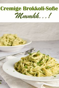 With creamy broccoli Pasta. With creamy broccoli sauce. – mix yourself happily – Food & Non Food recipes (food, cosmetics, cleaning agents etc.) from the Thermomix - Broccoli Pasta Sauce, Sauce Crémeuse, Menu Dieta, Evening Meals, Health Desserts, Easy Desserts, Eating Plans, Clean Eating Recipes, Dinner Recipes