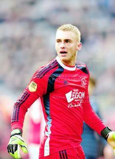 Jasper Cillessen Soccer Goalie, Football Soccer, Afc Ajax, Fifa, Motorcycle Jacket, Jasper, Amsterdam, Sports, Jackets