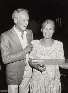 Paul Newman 1989 Pictures and Photos - Getty Images Hollywood Couples, Old Hollywood, Kendall, Famous Couples, Famous Women, Famous People, Paul Newman Joanne Woodward, Old Fashioned Love, Carole Lombard